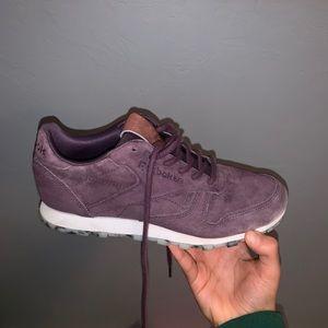 ba8ed7c35d8f6a Women s Reebok Leather Shoes on Poshmark